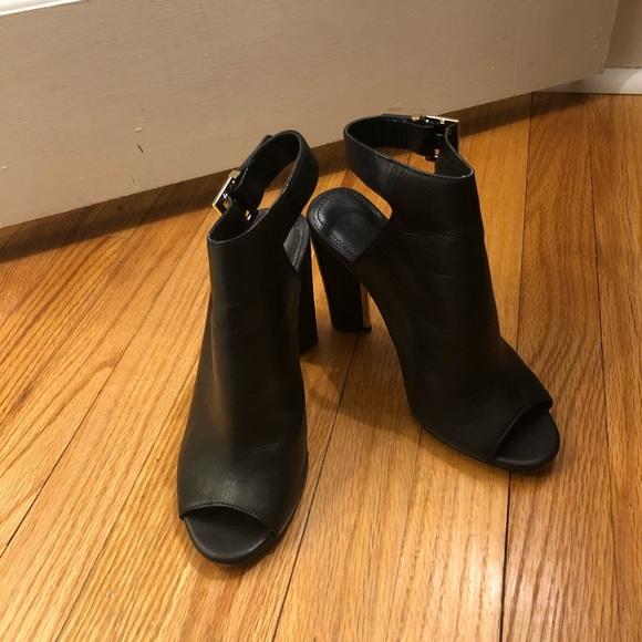 Calvin Klein Shoes   Womens Black